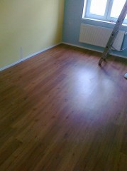 Pokládka vinylové podlahy v Plzeni
